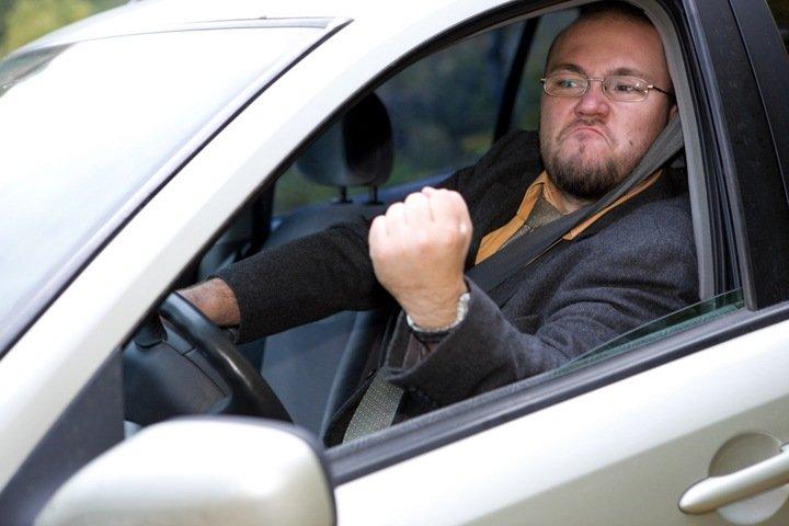 Новосибирские и омские водители признаны самыми аккуратными в России