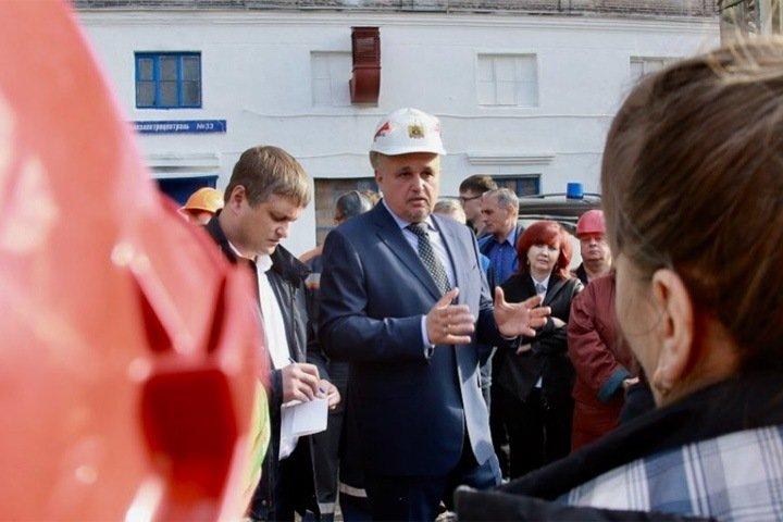 Цивилев потребовал забрать оружие у жителей Кузбасса после двух покушений