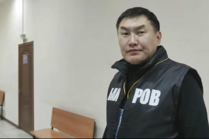 Блогера арестовали после попытки задать вопрос мэру Улан-Удэ
