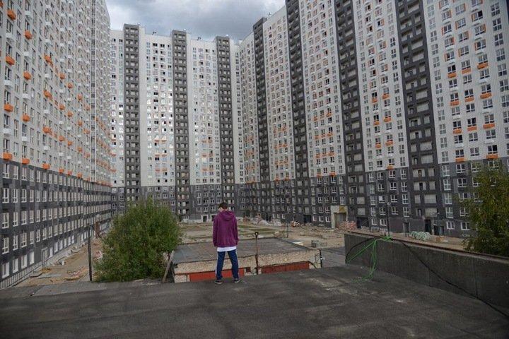 Умный боевик об инкассаторах-поэтах покажут в Новосибирске