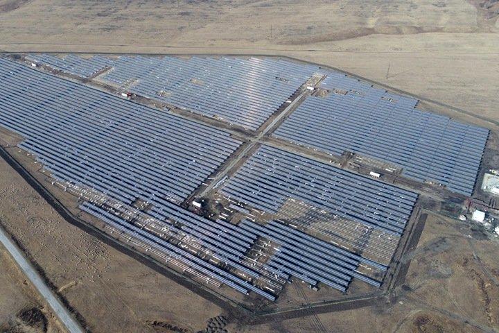 Запущена крупнейшая солнечная станция в Сибири