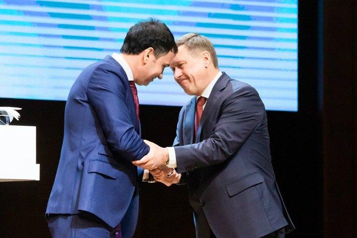 Локоть 2.0. На что надеялись сторонники новосибирского мэра