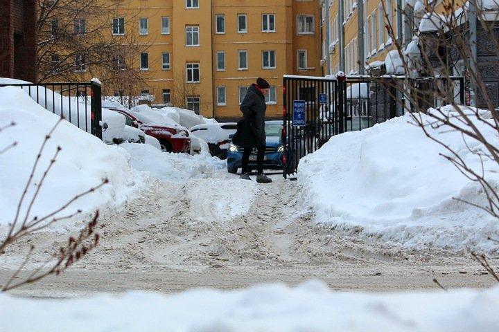 Стихийное бедствие по плану. Почему Новосибирск не справляется со снегопадами