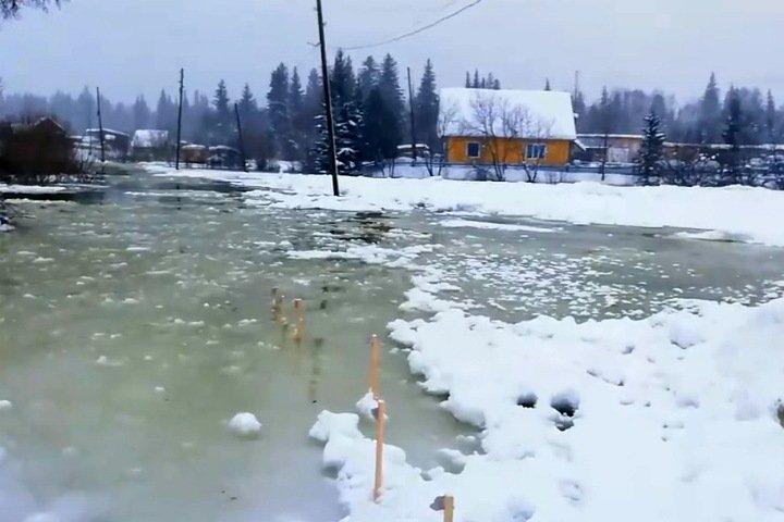 Растаявший Енисей начал  топить поселки в Красноярском крае