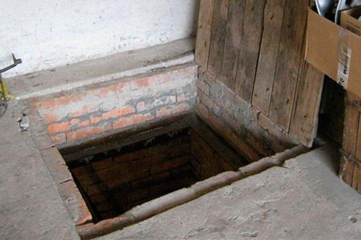Красноярец забетонировал тело родной сестры в подполе после изнасилования