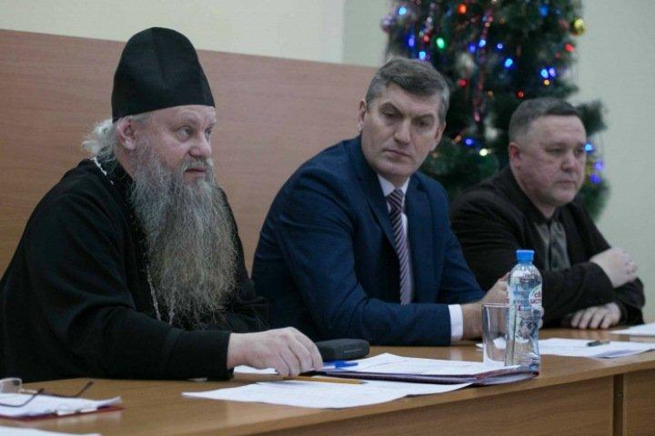 Собрание при главе района Новосибирской области выступило против закона о домашнем насилии