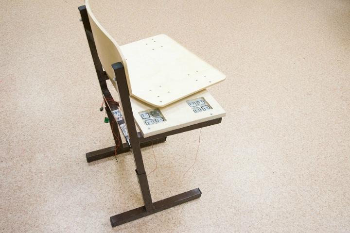 «Умный» стул исправит осанку школьников