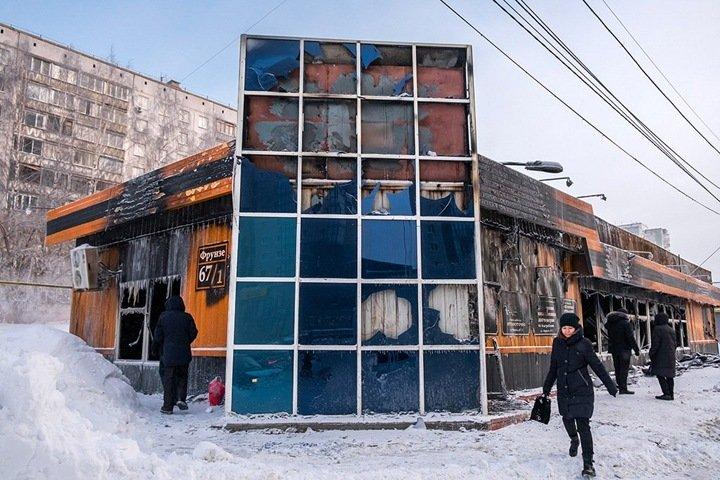 Работники сгоревшего в Новосибирске похоронного дома заявили о поджоге