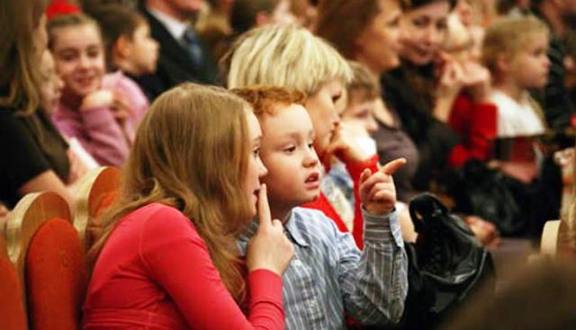 Иностранный журналист удивилась походам детей в театры