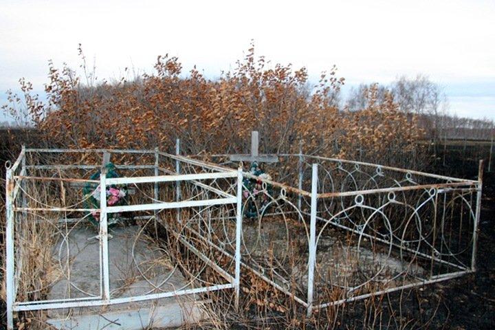 Похоронные услуги предложили забрать у новосибирских поселений