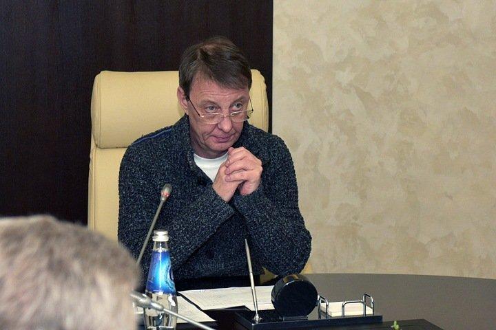 Мэр Барнаула ушел в отпуск после назначения