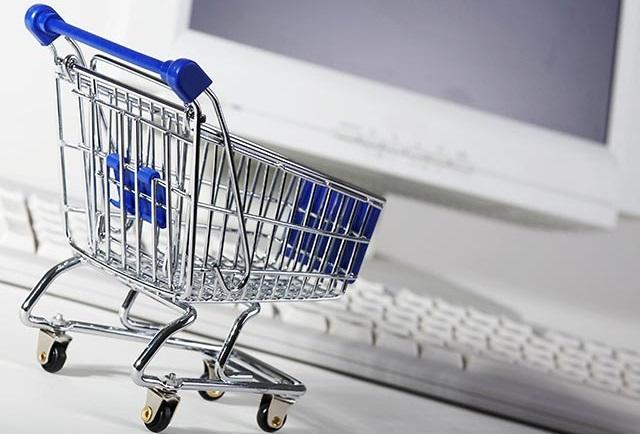 Что нужно покупать во время валютной паники?
