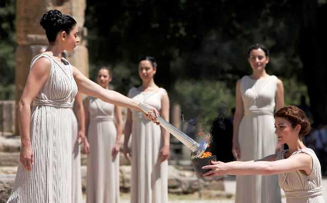 Олимпийский огонь, из-за коронавируса, зажгут без зрителей