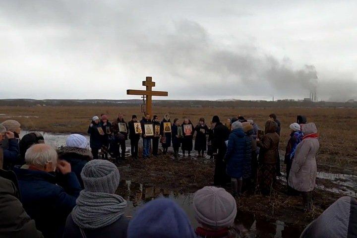 Крестный ход против эпидемий прошел в Красноярском крае