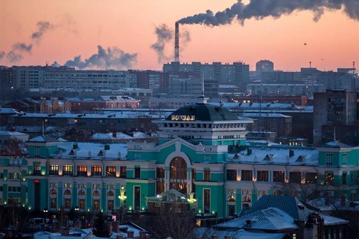 Бездомные любовники изнасиловали иркутянку на омском вокзале