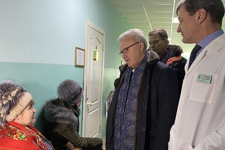 Красноярский губернатор объявил о закрытии магазинов