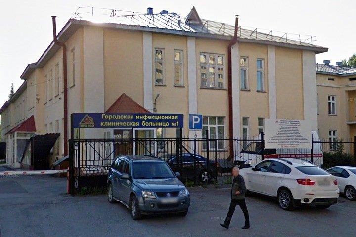 Девятого зараженного коронавирусом новосибирца принудительно увезут в больницу