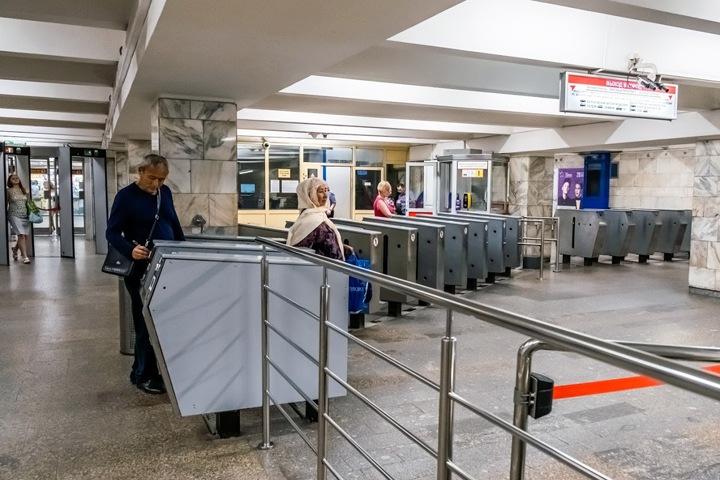 Проезд в новосибирском метро сделали дешевле для карт «Мир»