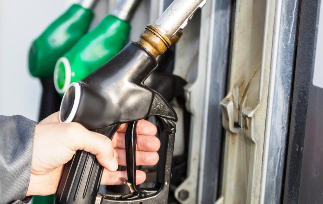 Что происходит с ценами на бензин и дизель
