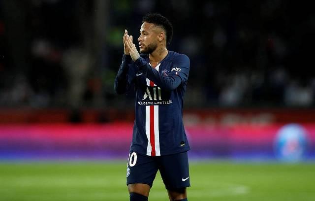 Чемпионат Франции по футболу досрочно завершен
