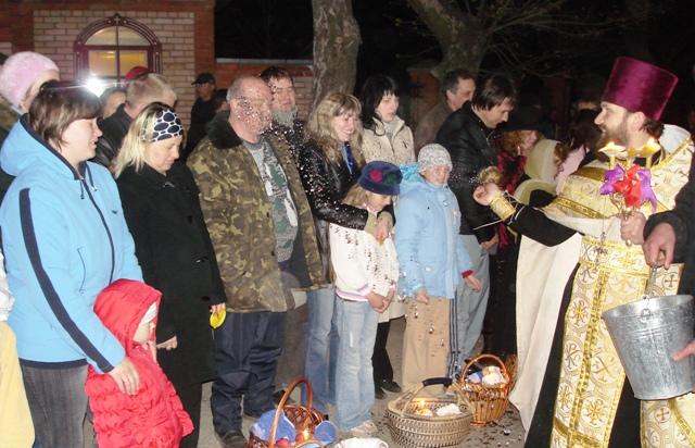 Как встретить главные православные праздники в изоляции