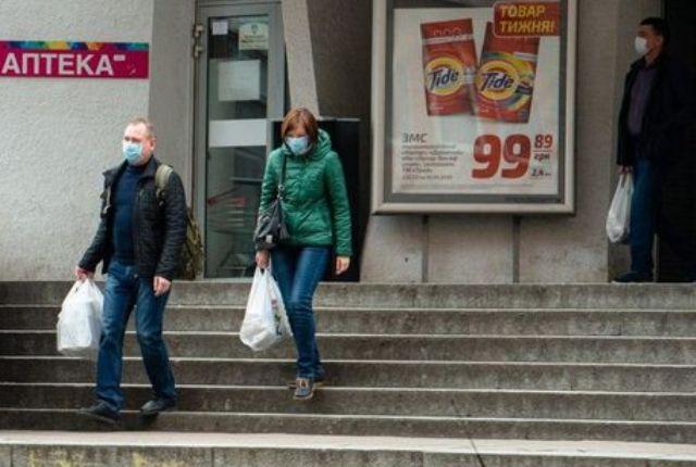 Как не подхватить коронавирус в супермаркете или дома через продукты