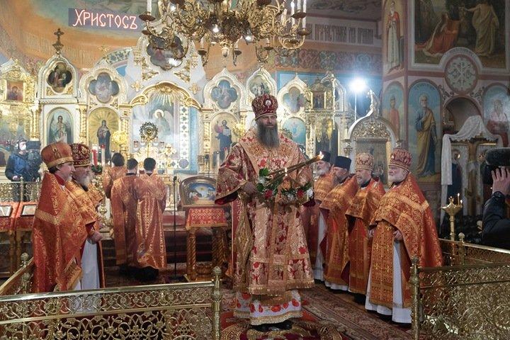 Москва раскритиковала Новосибирскую область за пасхальные праздники на фоне коронавируса