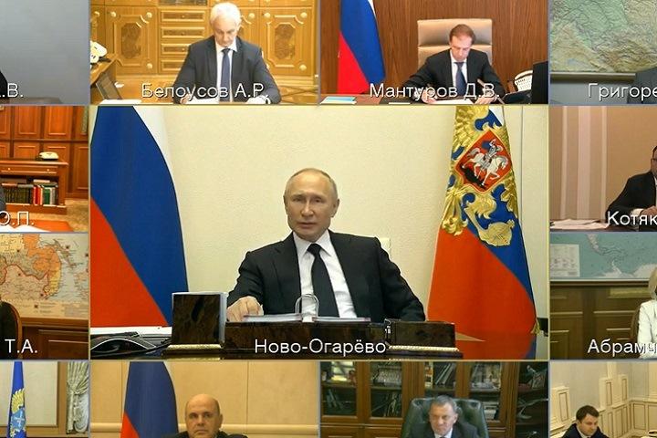 Путин пообещал российским регионам 200 млрд рублей