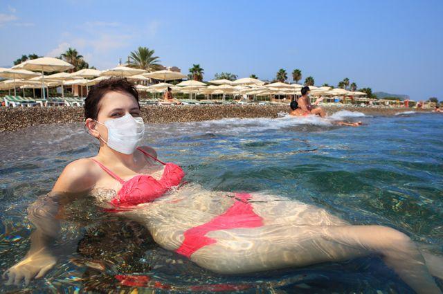 На пляжи — в масках. Какими будут путешествия в будущем