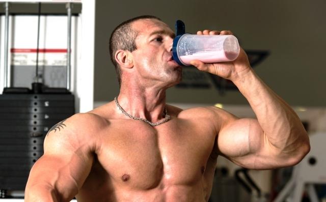 Лучшие протеиновые добавки для быстрого роста мышечной массы