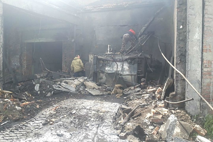 Два человека пострадали при взрыве парового котла на производстве под Новосибирском