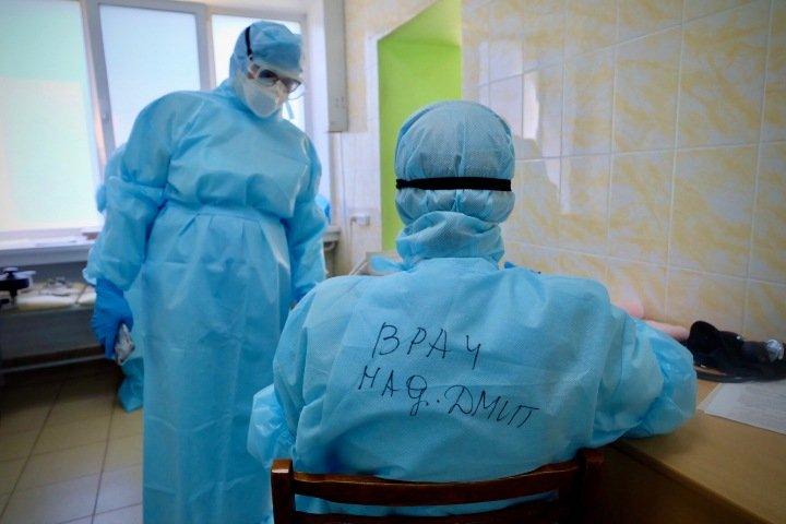 Более 17 тыс. сибиряков заболели коронавирусом