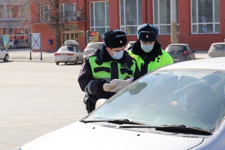 Полиция поймала четверых нарушивших карантин новосибирцев
