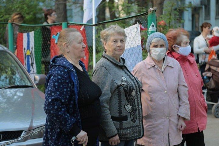 МЧС провело в Новосибирске концерт к 9 мая, несмотря на режим самоизоляции