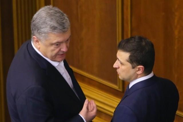 Не услужил народу. Кто в Украине стал популярнее Зеленского