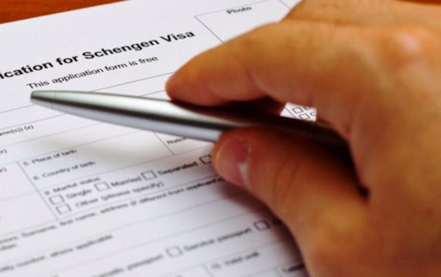 Подтверждение цели поездки и новые документы: как изменятся правила выезда за границу
