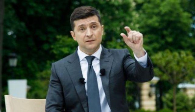 Пике продолжается: рейтинг Зеленского упал ниже 40%