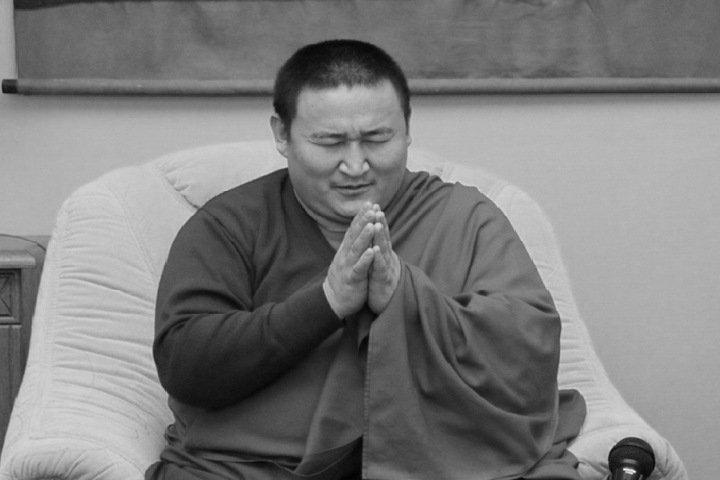 Зараженный коронавирусом верховный лама Тувы умер