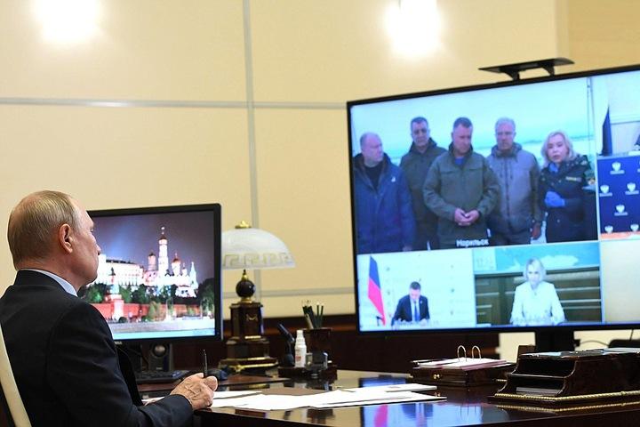 Путин заявил о «переломе» ситуации с аварией в Норильске, но признал ее последствия «тяжелыми»