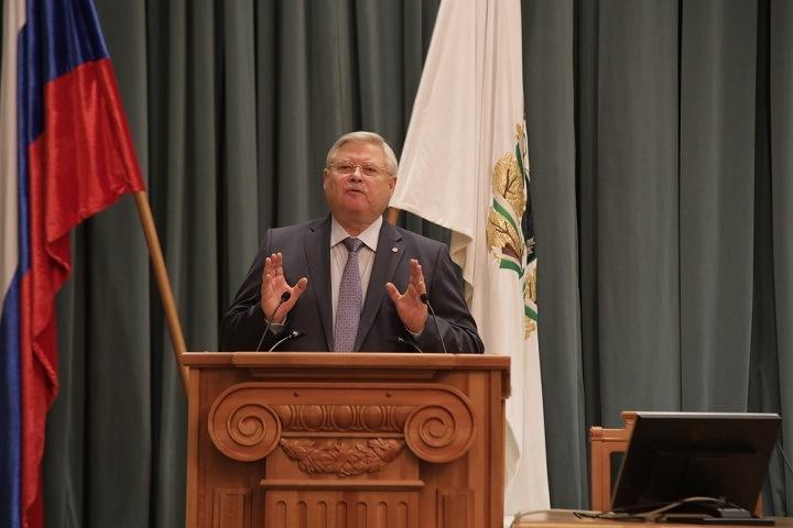 Томский губернатор допустил наказания «по статье» для заболевших коронавирусом врачей