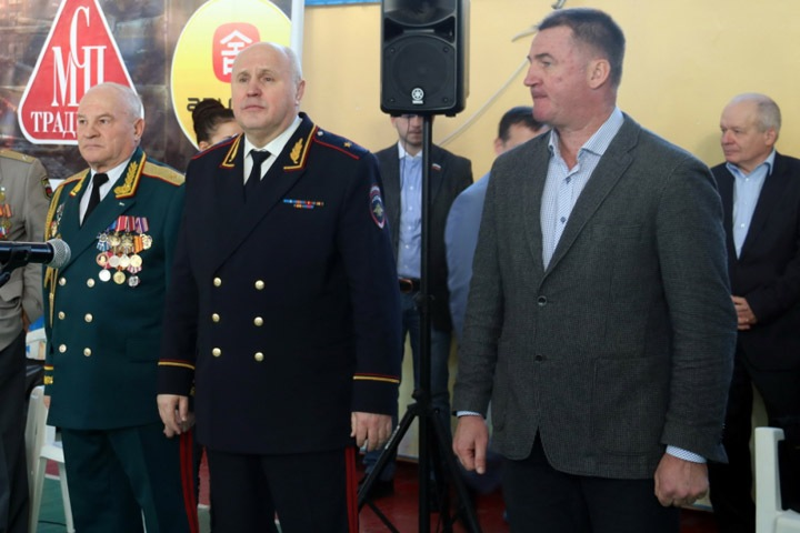 Экс-глава новосибирской полиции вошел в совет директоров связанной с Совфедом космической компании