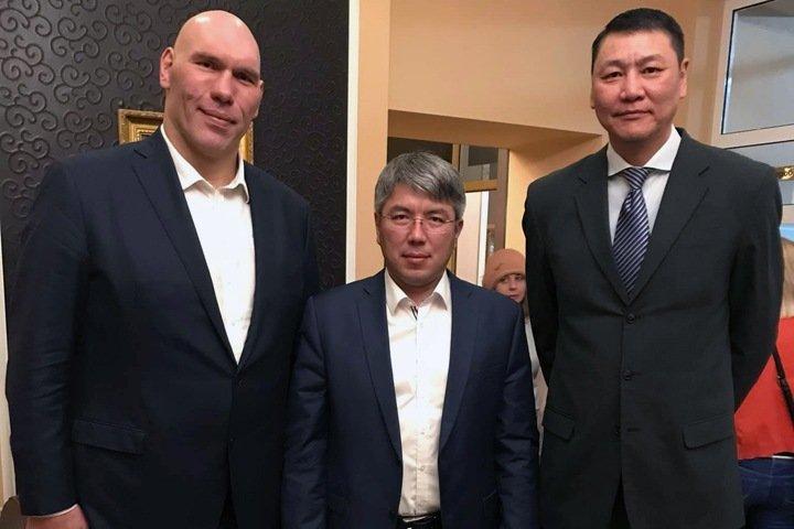 Связанный с транспортной корпорацией глава Бурятии рассказал о переделе России «олигархами» в случае провала обнуления