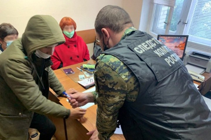 СК проверит сотрудников МВД на халатность из-за убитой красноярской школьницы