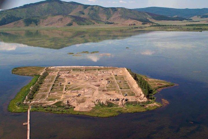 Ученые определили возраст древней крепости в Туве. Ее построили в 777 году