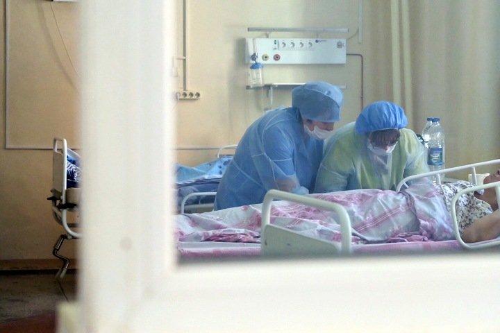 Число госпитализированных из-за коронавируса новосибирцев резко выросло