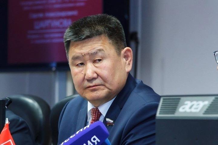 Сибирский сенатор о поправках в Конституцию: «Провластный каток, неистовство ЦИК и его структур»