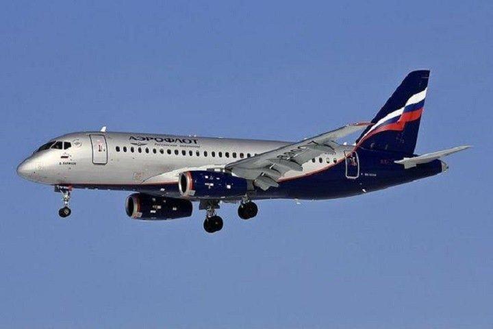 «Аэрофлот» отказался платить компенсацию вдове умершего во время рейса омского пилота из-за попытки оказать ему помощь вне кабины