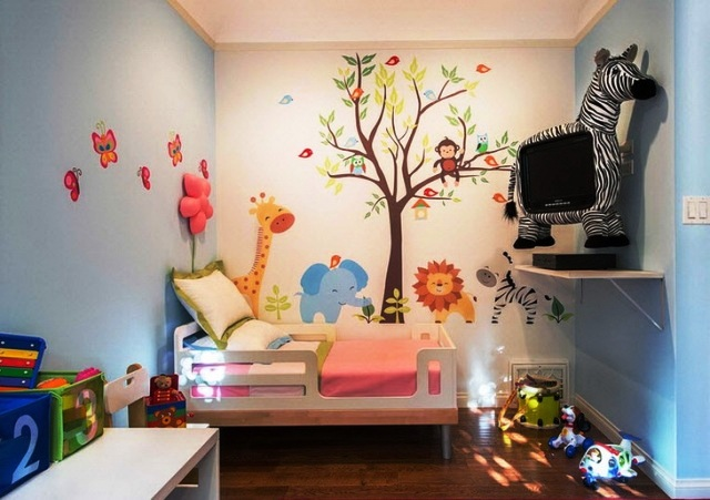 Как креативно оформить детскую комнату с помощью аксессуаров?