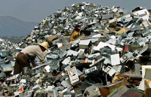 """В ООН предупредили о быстрых темпах роста """"электронных отходов"""" в мире"""