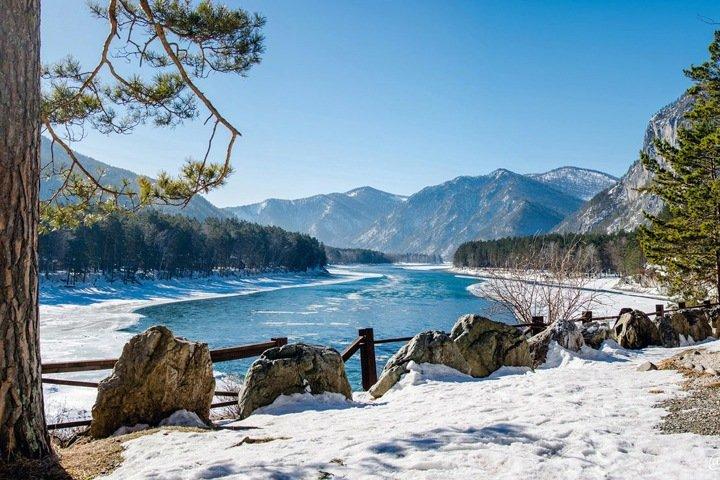 Единение с природой на Алтае и спасение олененка в Бурятии. Сибирь за неделю